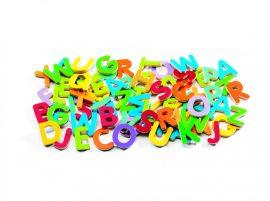 Djeco Mágneses betűkészlet - Színes nagybetűk - 83 small letters